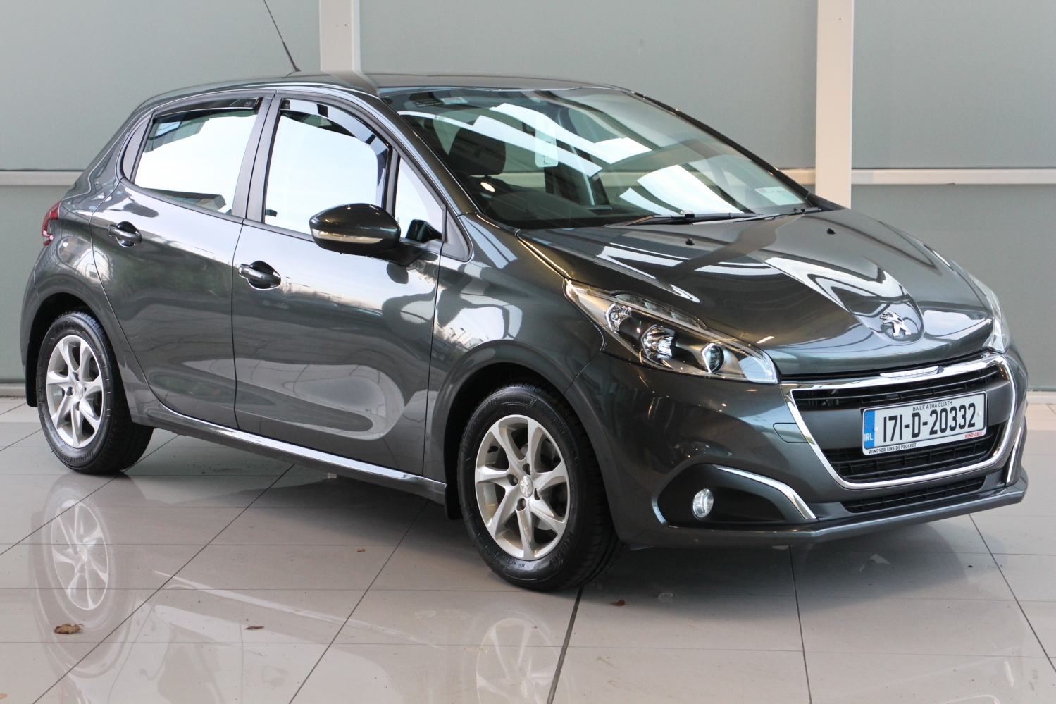 Peugeot 208 Active 1 6 Dsl 5dr With Only 17 000 Klms