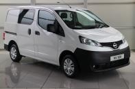 CREW CAB 1.5dci 110BHP **5 Seater**