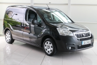 ACTIVE PROFESSIONAL 1.6 HDI....WITH ONLY 9,000 KLMS
